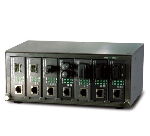 Data Connect RM7-EEMC 7-Slot Ethernet Extender Media Converter Chassis